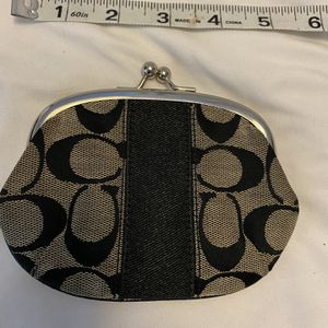 Coach Coin Purse for Sale in Los Angeles, CA