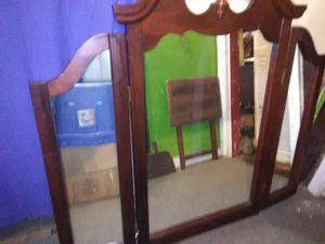 "48"" WOODEN MIRROR W/ FOLD YOU N SIDES for Sale in Jay, FL"
