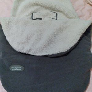 Baby Car Seat Cover for Sale in Hilliard, OH