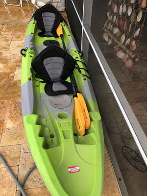 Tandem kayak 14 feet the brand is white knuckle for Sale in Hollywood, FL