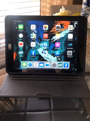 iPad Air 2nd generation for Sale in Holiday, FL