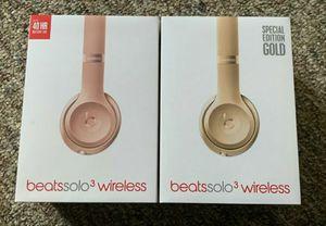 2 Beats Wireless Headset SOLO 3 for Sale in Windermere, FL