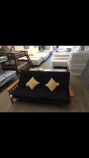 Futon ⭐️⭐️⭐️⭐️⭐️ for Sale in Cleveland, OH