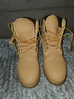 Mens size 13 honeycomb timberland boots!!! for Sale in North Las Vegas,  NV