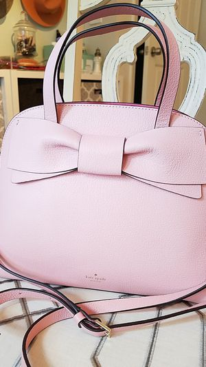 Kate Spade hand bag for Sale in Buford, GA