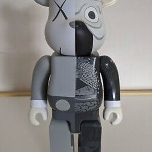 KAWS Be@rbrick Flayed for Sale in Waldorf, MD