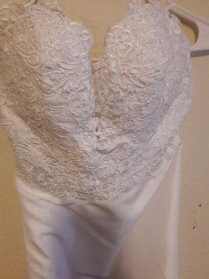 Brand new wedding dress for Sale in Winter Haven, FL