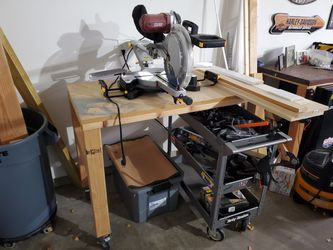 Saw workbench for Sale in Springfield,  IL
