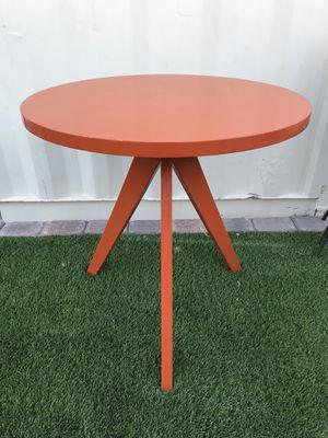 West Elm Tripod table Orange Laquer for Sale in Las Vegas, NV