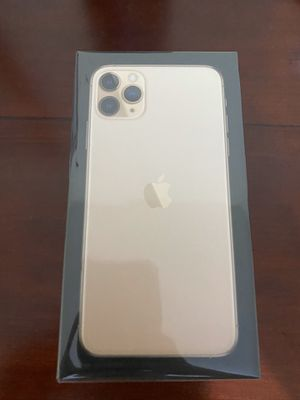 iPhone 11 pro max 64gb Unlocked for Sale in Exchange, WV