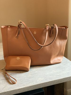 Tory burch brown leather tote bag & wallet for Sale in San Antonio, TX