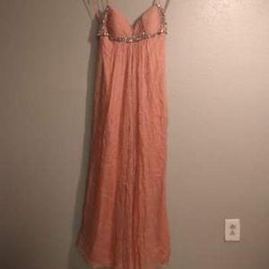 Formal coral ballgown with rhinestone bust for Sale in Baton Rouge, LA