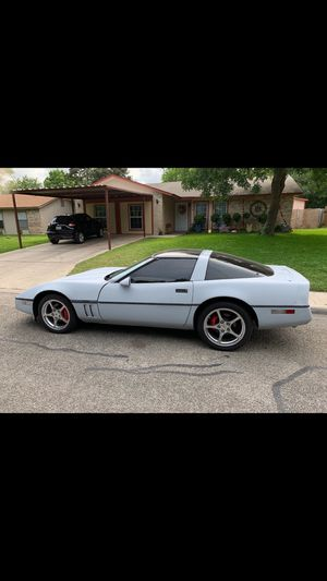1984 chevy Corvette for Sale in San Antonio, TX