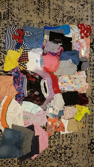 Size 4 clothes lot for Sale in Raleigh, NC