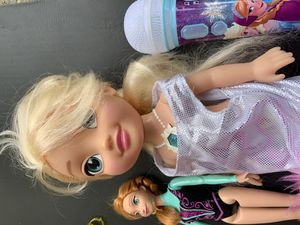 Frozen Anna & Elsa dolls and Microphone for Sale in Gresham, OR