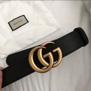 Gucci belt women black leather with box and bag for Sale in Newport, TN