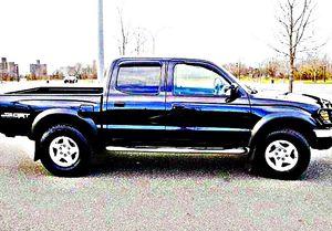 ֆ14OO 4WD Toyota Tacoma 4WD for Sale in Washington, DC