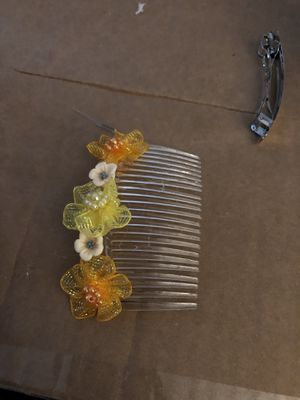 Handmade hair accessories starts at $3 custom pieces can be special ordered for Sale in Menasha, WI