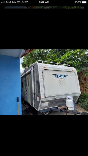 2012 23.5' camper/trailer with title for Sale in Loxahatchee Groves, FL