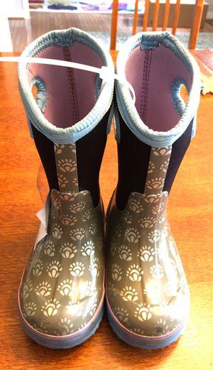 Kids Bogs Winter Snow Boots Size 10 for Sale in Petersburg, VA