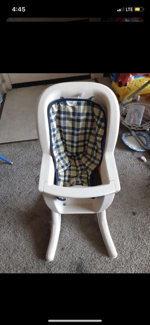 Baby doll high chair for Sale in Sacramento, CA