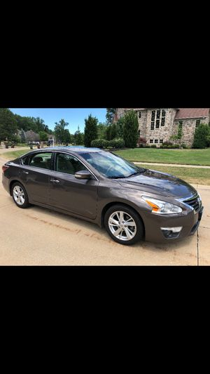 Fully loaded 2014 Nissan Altima SL for Sale in North Olmsted, OH
