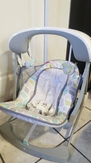 Fisher Price Baby Swing for Sale in Tampa, FL