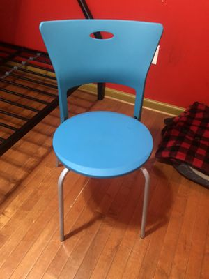Desk Chair and table Lamp for Sale in Falls Church, VA