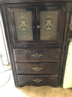 Vintage wood cabinet for Sale in Nashville, TN
