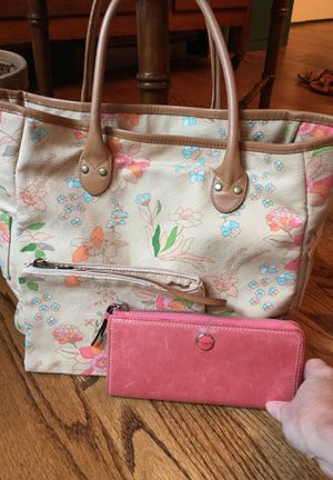 Coach wallet with Roots canvas bag with Leather Straps for Sale in Fairfax, VA