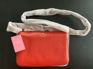 Kate Spade Madelyne Leather Crossbody for Sale in Worcester, MA
