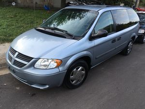 2005 Dodge Grand Caravan ...3rd row!! for Sale in Austin, TX