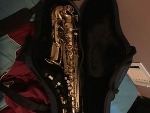 Alto saxophone and case for Sale in Silver Spring, MD