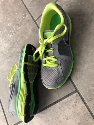 Like new Nike, Size 4youth for Sale in Corona, CA