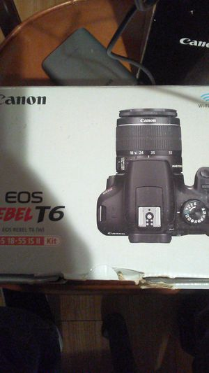 Canon EOS REBEL T6 EF-S 18-55 IS II KIT & CANON EF 75-300MM LENS for Sale in Taylorsville, UT