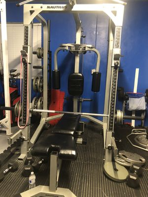 Nautilus smith machine for Sale in Davie, FL