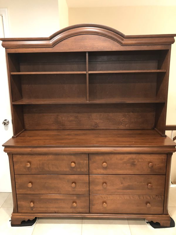 Dresser with Hutch Shelves and Matching Crib