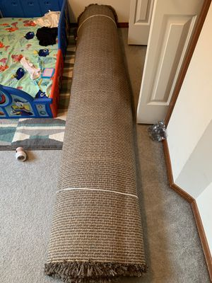Costco Rug 7' x 10' Large (like new) for Sale in Kent, WA