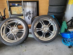 TRADE Structure 22 inch rims bolt pattern 6x5.5 for Sale in St. Cloud, FL