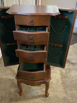Stand up jewelry cabinet for Sale in Gladstone,  OR