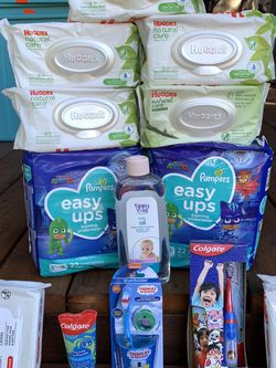 Baby Diapers Easy Up Size 3T/4T for Sale in Tacoma,  WA