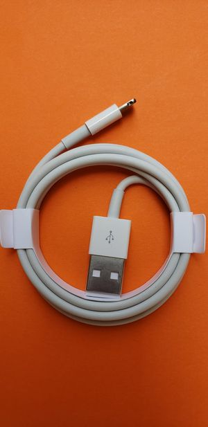 Apple lighting to USB Cables -iPa d/iPhone/iPod/data cable 3ft for Sale in South Gate, CA