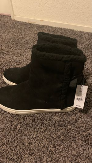 New York & company black shade boots size 8 0rignal price 60$ 40$ firm pickup only for Sale in Fresno, CA
