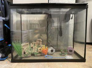 38 gallon fish tank for Sale in Des Plaines, IL