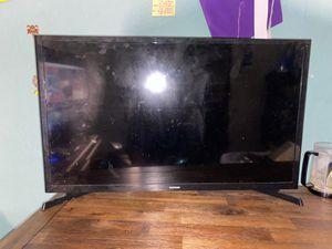Samsung 32 inch tv for Sale in Glendale, AZ