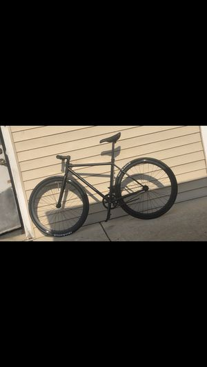 Fixed gear bike. Size medium. for Sale in Chicago, IL