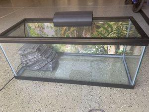 20 gallon aquarium for Sale in Murrieta, CA
