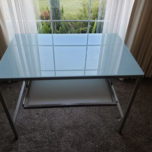 Office Table Desk Glass Keyboard Nice Condition for Sale in Santa Ana, CA