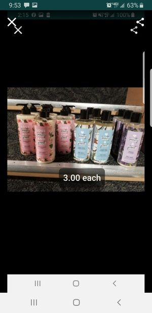 Beauty and plant body wash for Sale in Pawtucket, RI