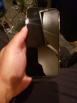 iPhone 11 pro max unlocked for Sale in Newark, NJ
